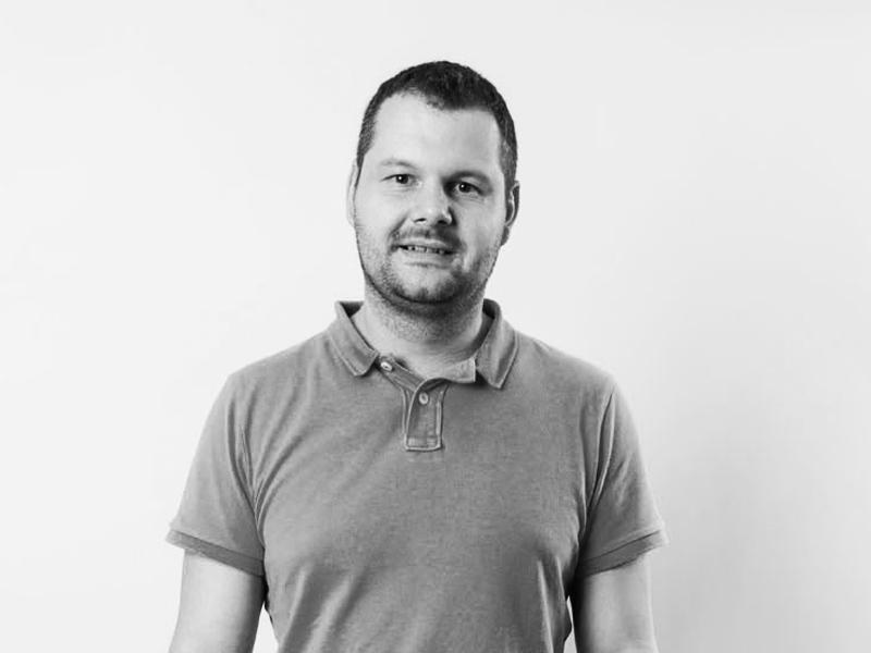 """Jaroslav Brabenec <span class=""""pracPozice"""">manažer nových projektů</span>"""