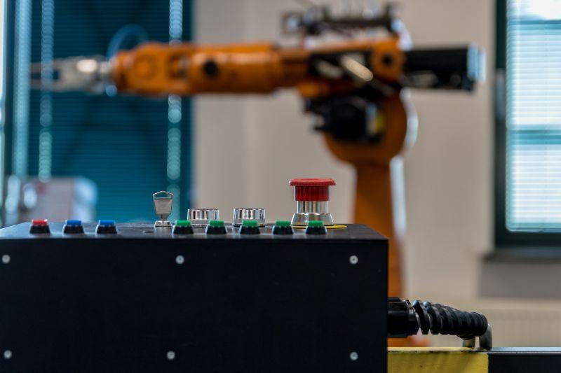 Kolaborativní a kooperativní roboti